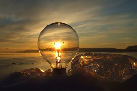Antique-Light-Bulbs-Sunset-Style